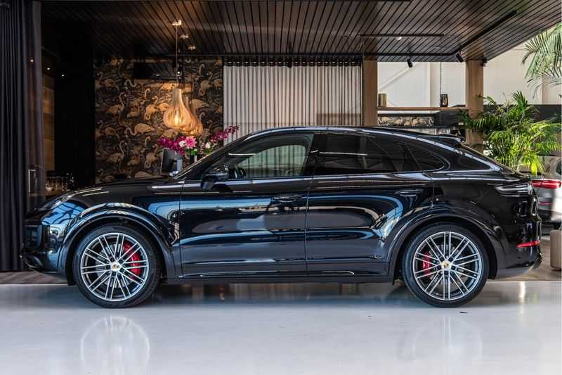 Porsche Cayenne Coupé 4.0 GTS | Head-up-Display | BOSE | Adaptieve luchtvering afbeelding 2