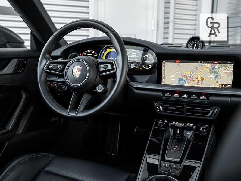 Porsche 911 3.0 Carrera 4S afbeelding 15