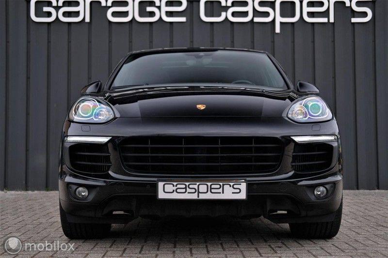 Porsche Cayenne 4.2 D S | Panoramisch dak | Bose | 850 Nm afbeelding 3