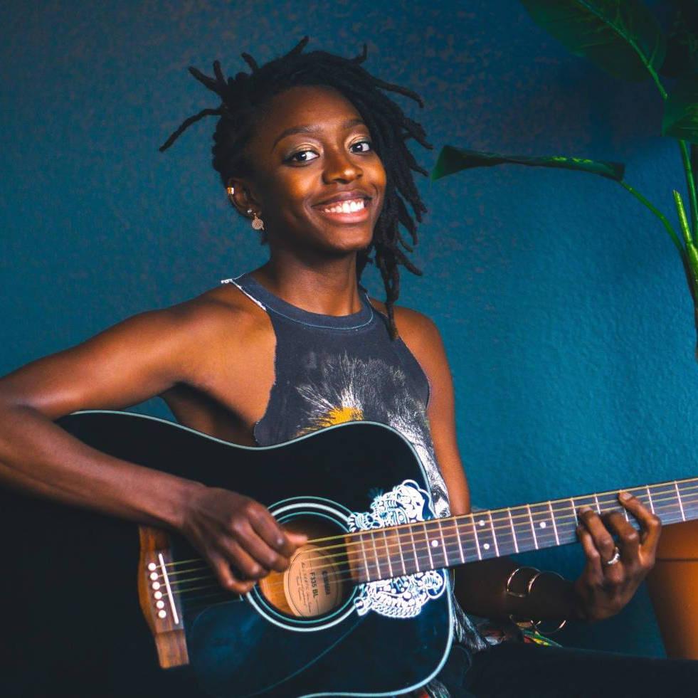 Guitar & Piano teacher Lauren Irving