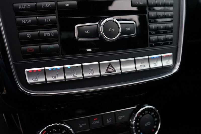 Mercedes-Benz G-Klasse 65 AMG DESIGNO MAGNO NIGHT BLACK afbeelding 18