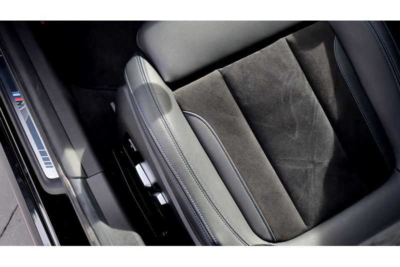 BMW 3 Serie Touring 330i Executive M Sport Driving Assistant Plus, HiFi, Comfort Access afbeelding 10