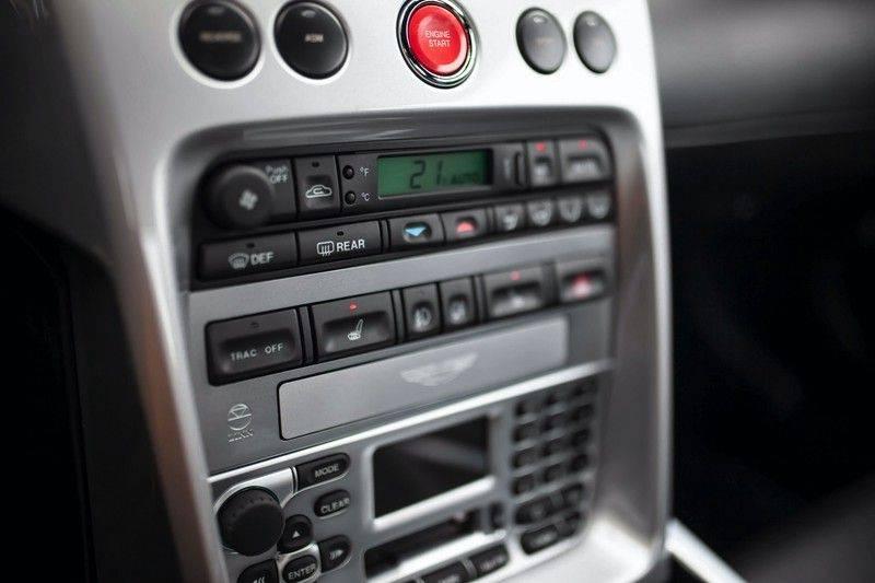 Aston Martin V12 Vanquish 5.9 *Absolute nieuwstaat!* afbeelding 15