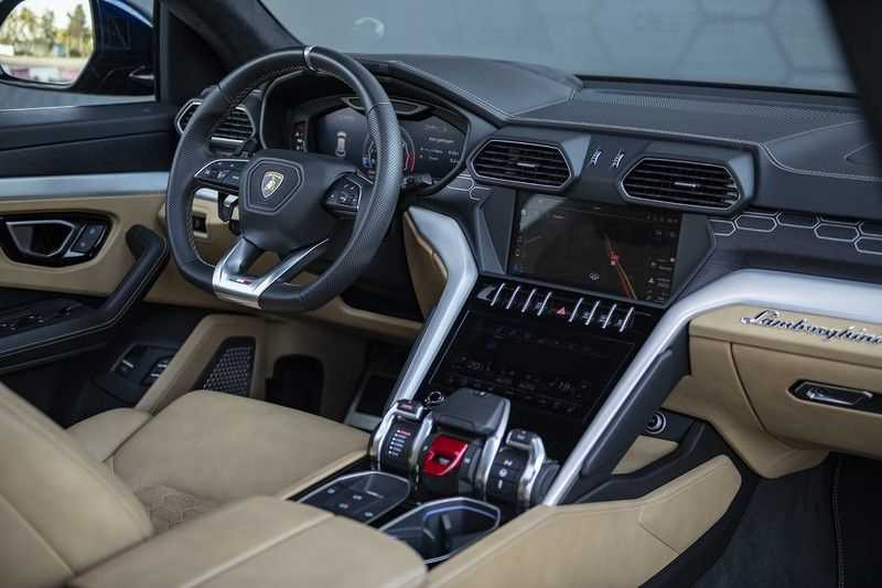 Lamborghini Urus 4.0 V8 + Full Option + Rear Seat Entertainment + Nightvision afbeelding 3