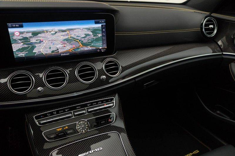 "Mercedes-Benz E-Klasse E63s AMG EDITION 1 4Matic 612pk (MAGNO MAT) Panoramadak Distronic Nightpakket Schaalstoelen Burmester Carbon ComandOnline Keyless 20"" Parktronic Pdc afbeelding 23"