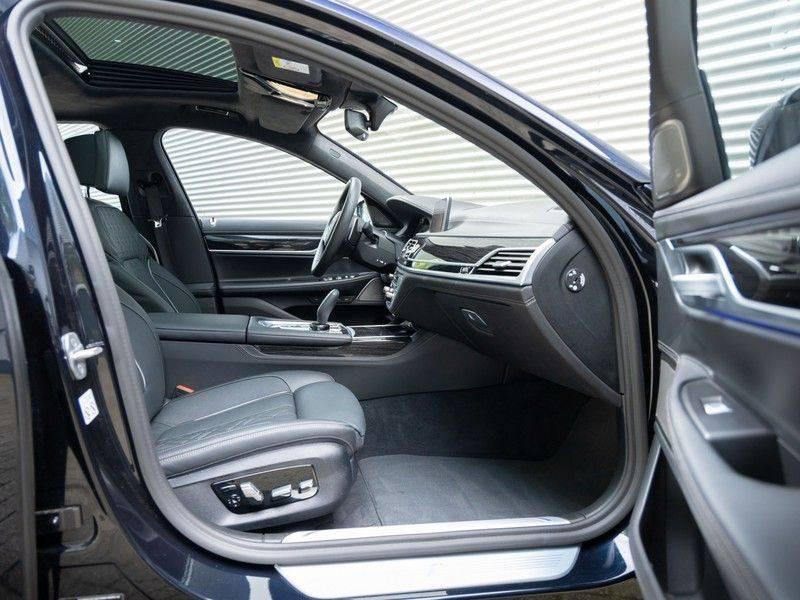 BMW 7 Serie 745e High Executive - M-Sport - 4x Comfortzetel - Stoelventilatie - Volleder afbeelding 15