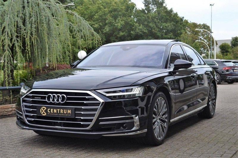Audi A8 55 TFSI Massage / Head Up / Nachtzicht afbeelding 1