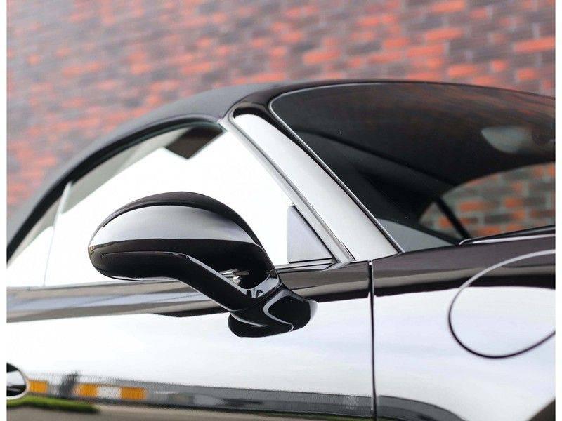 Porsche 911 Cabrio Carrera 4S *ACC*Bose*Chrono*Vierwielbesturing*Camera*Vol!* afbeelding 14
