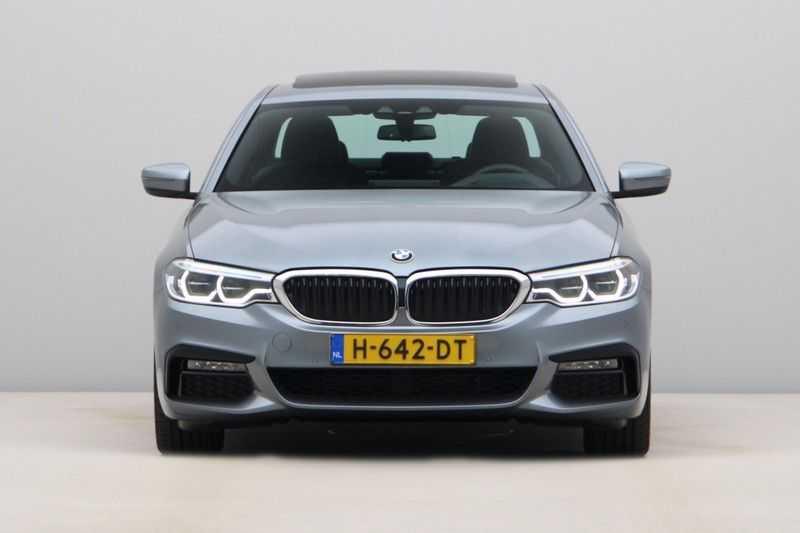 BMW 5 Serie 540d xDrive High Executive afbeelding 16