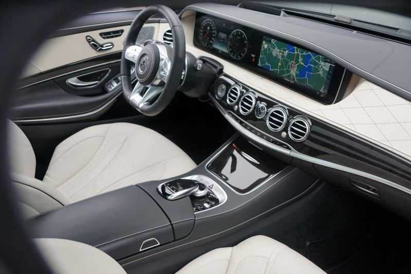 Mercedes-Benz S-Klasse 560 4Matic Lang Premium Plus 470pk / AMG / Nwpr: E186.000,- / Full Options! afbeelding 22