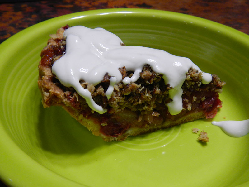Cranberry Apple Pie with Cashew Creme