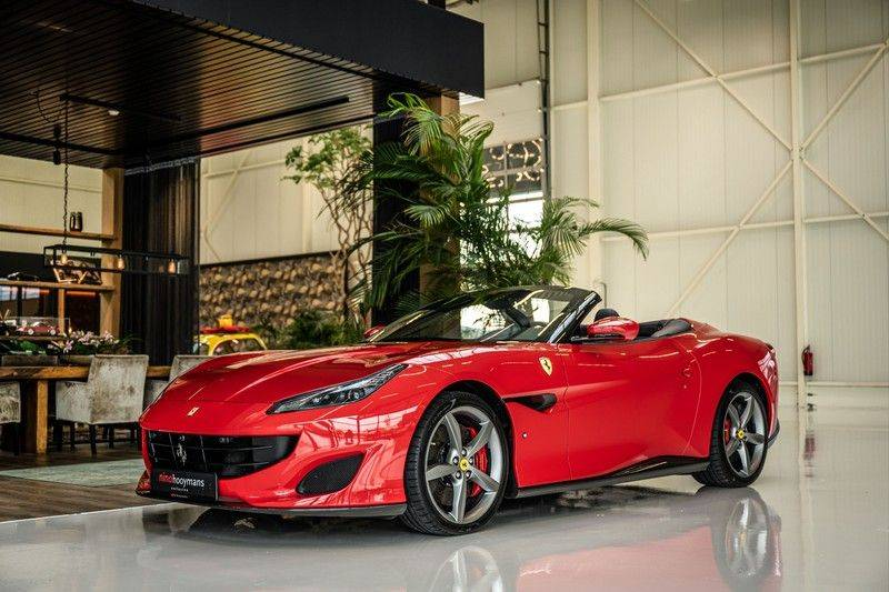 Ferrari Portofino 3.9 V8 HELE   TwoTone Exclusive   Carbon   Passengerdisplay   Memory   Sportstoelen afbeelding 8