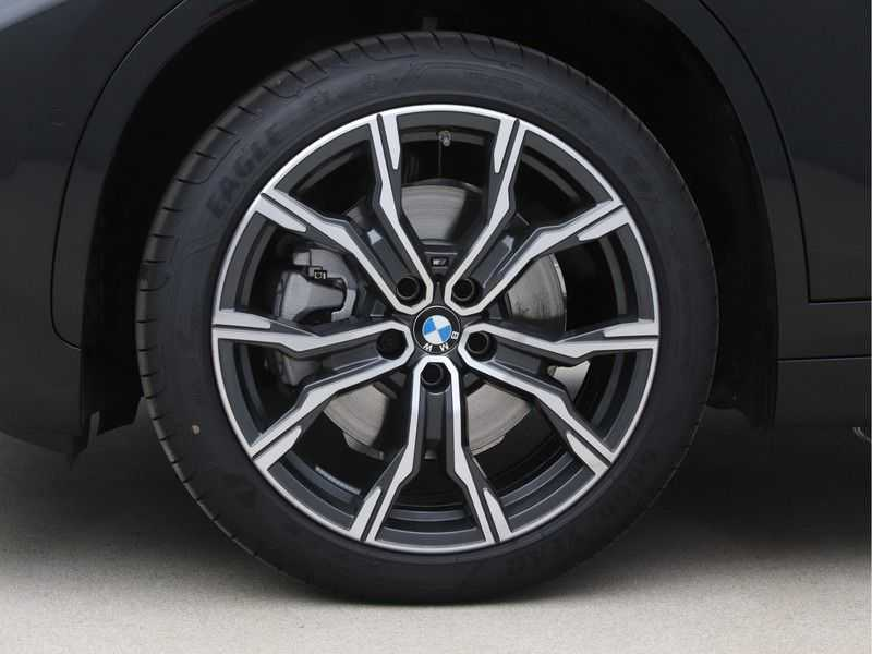 BMW X1 sDrive20i High Exe M-Sport Aut. afbeelding 23