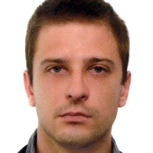 Portrait photo of Aleksandr
