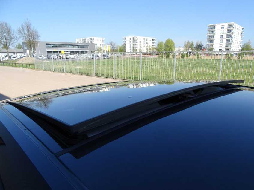 BMW i3 Basis Comfort Advance 22 kWh Marge Warmtepomp Navigatie Clima Cruise Panorama *tot 24 maanden garantie (*vraag naar de voorwaarden) afbeelding 4