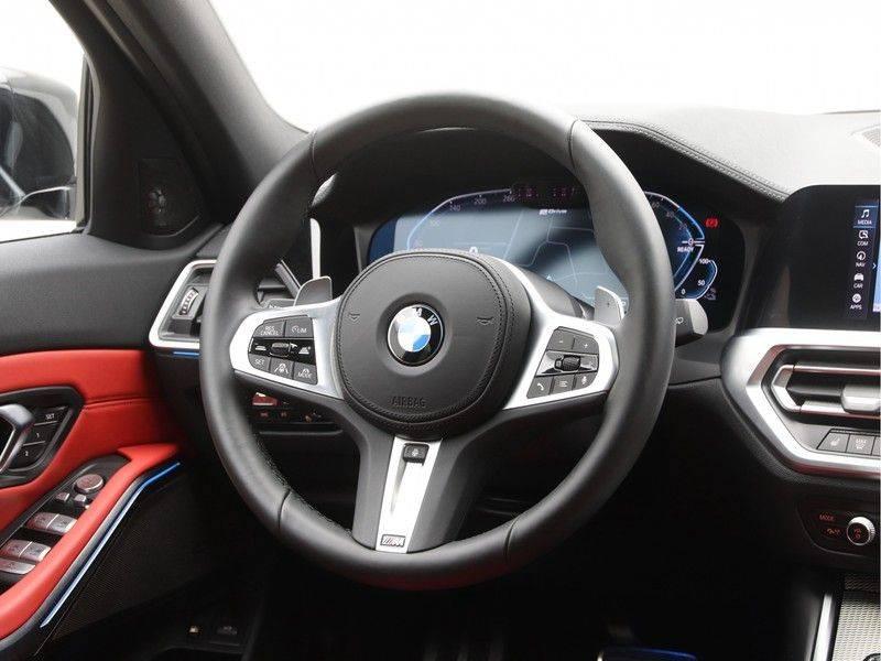 BMW 3 Serie 330e xDrive Touring High Executive afbeelding 2
