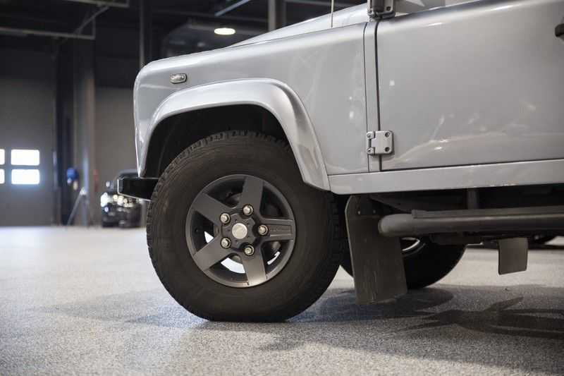 Land Rover Defender 2.4 TD 110 SW SE 7-zits Extreem compleet! afbeelding 13
