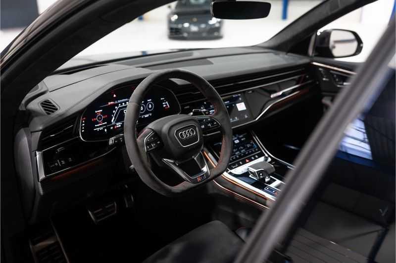 Audi RS Q8 quattro 4.0 TFSI BTW-CARBON-CERAMIC-PANO afbeelding 11