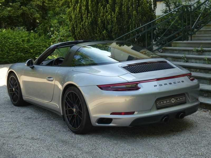 Porsche 911 3.0 Targa 4 GTS afbeelding 10