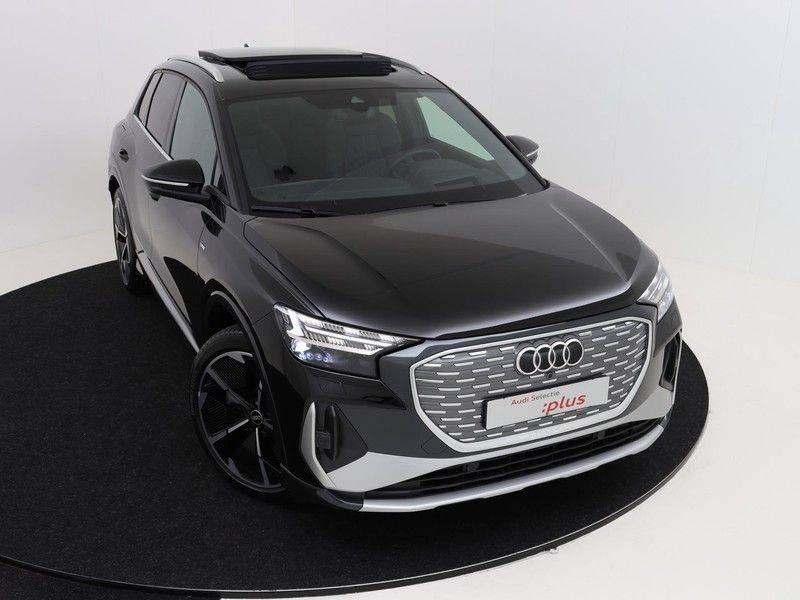 Audi Q4 40 e-tron Launch edition S Competition | Panoramadak | Lederen bekleding | Sonos | Head-up display afbeelding 11