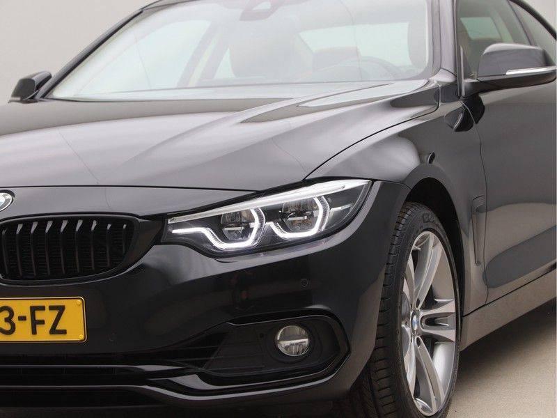 BMW 4 Serie Coupé 435d xDrive High Executive Model Sportline afbeelding 20
