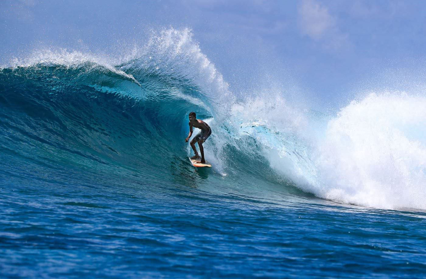 Dhinasha Surf Charter Boat Your Maldives wave