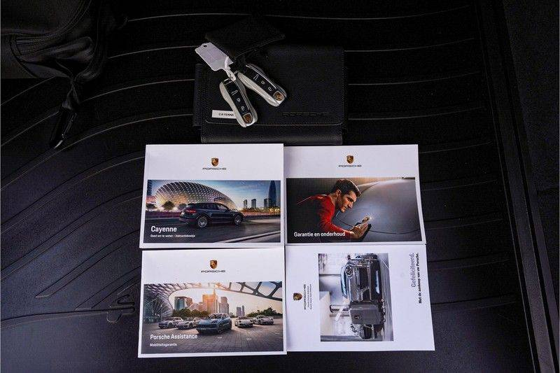 Porsche Cayenne Coupé E-Hybrid 462pk Nieuwprijs: €190.000,- Sportpakket, Techart afbeelding 6