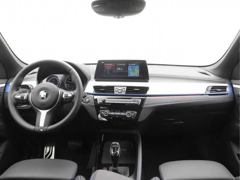 BMW X1 sDrive18i Executive Edition M-Sport Automaat afbeelding 10