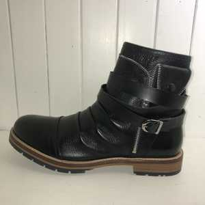 LBrazil Elite  Strappy  Lined Boot