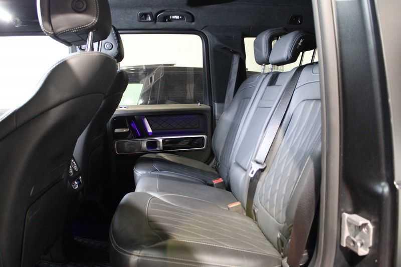 Mercedes-Benz G-Klasse 63 AMG Zeer kompleet! direct leverbaar! afbeelding 20