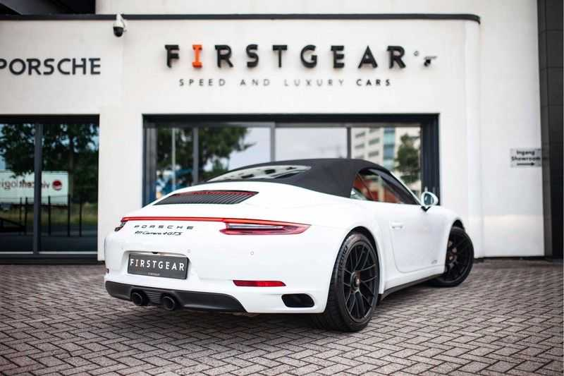 Porsche 911 Cabrio 991.2 3.0 Carrera 4 GTS *BOSE / Liftsysteem / Sport Chrono / DAB / PASM* afbeelding 21