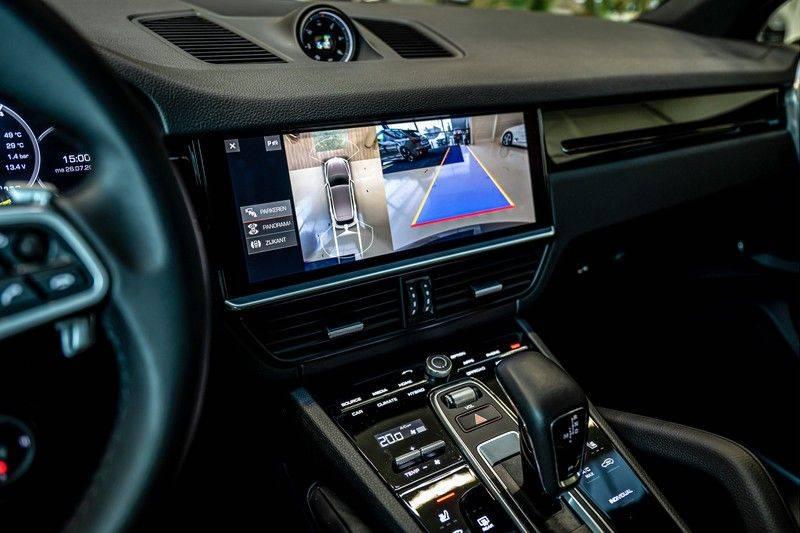Porsche Cayenne 3.0 E-Hybrid   Panorama   Memory   360 gradencamera   Sport Chrono   DAB afbeelding 18