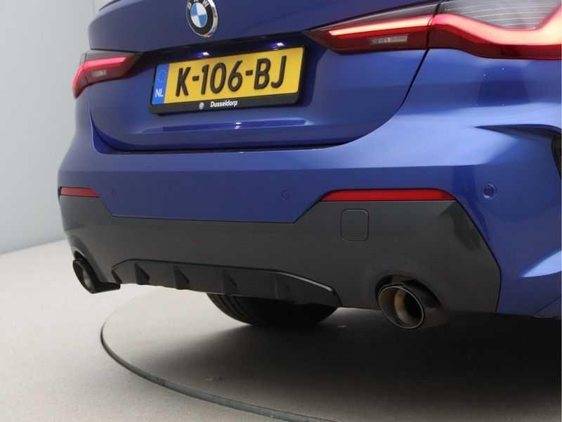 BMW 4 Serie Coupé 430i High Exe M-Sport Aut. afbeelding 20