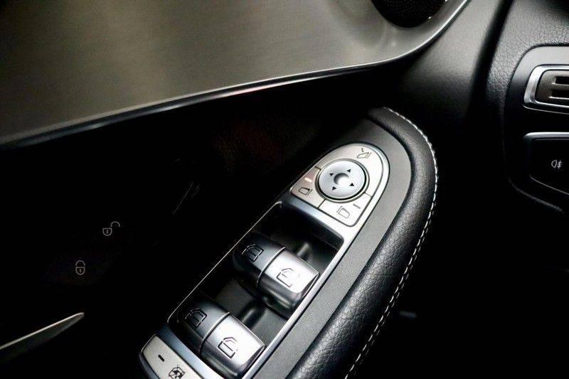 Mercedes-Benz GLC 250 4MATIC Premium Plus AMG PANO Night afbeelding 23