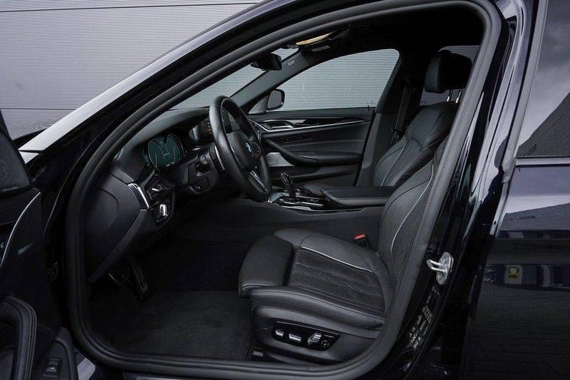 """BMW 5 Serie M550d X-Drive M-Pakket Shadow B&W Camera 360° Massage 20"""" afbeelding 3"""