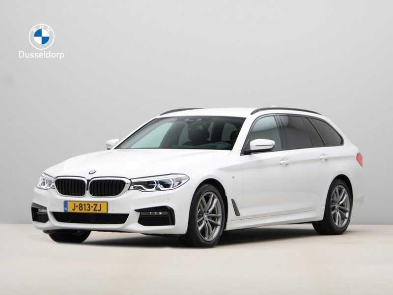 BMW 5 Serie Touring 520d High Executive M-Sport Aut. afbeelding 1