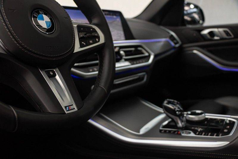 "BMW X5 M40i xDrive 340pk Panoramadak VirtualCockpit ShadowLine Sportleder+Memory Head-Up Hifi Luchtvering ACC Laserlicht AmbientLight Keyless Sportuitlaat 22"" 360Camera ParkAssist Pdc afbeelding 21"