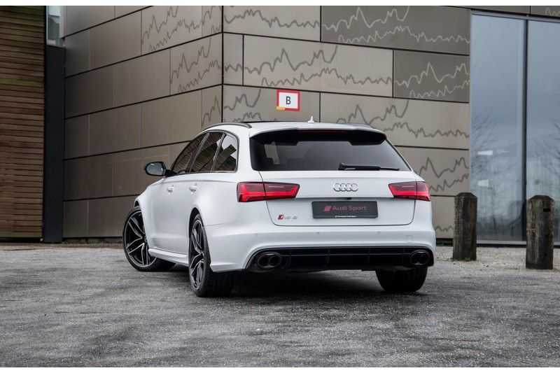 Audi A6 Avant 4.0 TFSI RS6 quattro | 560PK | Audi Exclusive | Pano.Dak | Bose Sound | Adapt.sport Onderstel | afbeelding 4