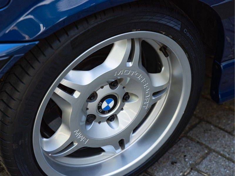 BMW 3 Serie Coupe M3 3.0 - 1st Owner - 1st Paint - ''Like New'' afbeelding 9
