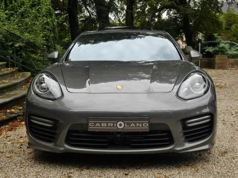 Porsche Panamera 4.8 GTS afbeelding 8