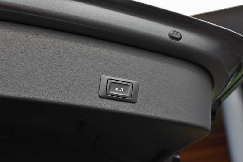 Audi RS6 4.0 V8 560pk Quattro **Carbon in.ext./HUD/Pano.dak/ACC/Bang.Olufsen** afbeelding 20