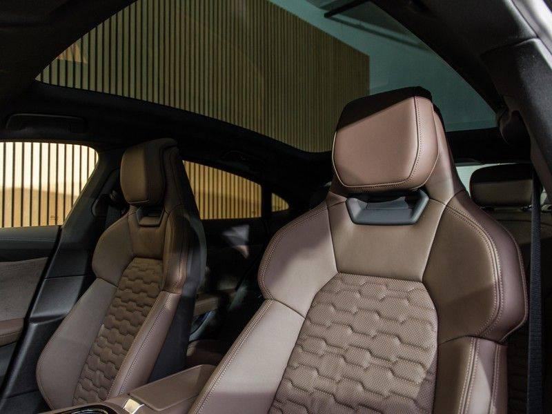"Audi e-tron GT B&O,HUD,PANO,22"" afbeelding 12"