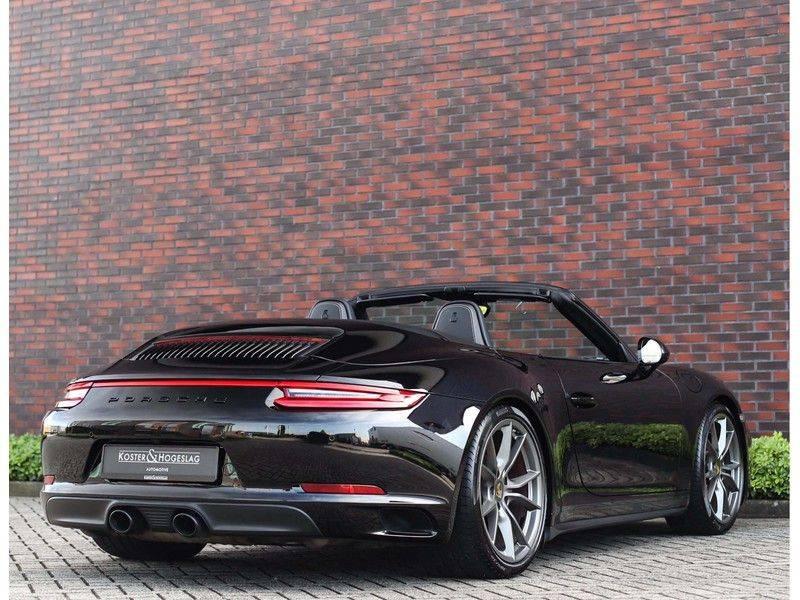 Porsche 911 Cabrio Carrera 4S *ACC*Bose*Chrono*Vierwielbesturing*Camera*Vol!* afbeelding 10