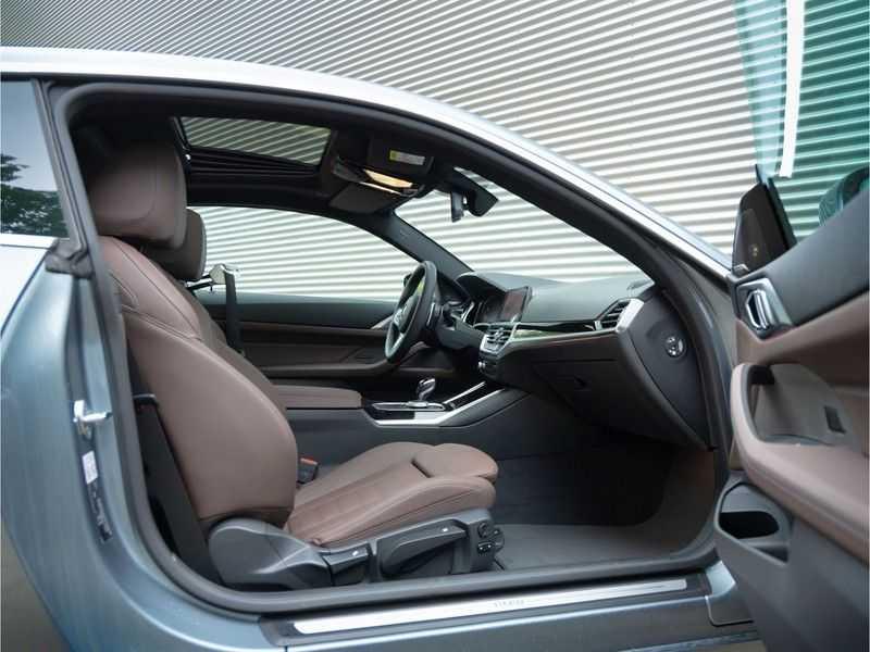 BMW 4 Serie Coupé 430i High Executive - Dak - Camera - Harman Kardon afbeelding 3