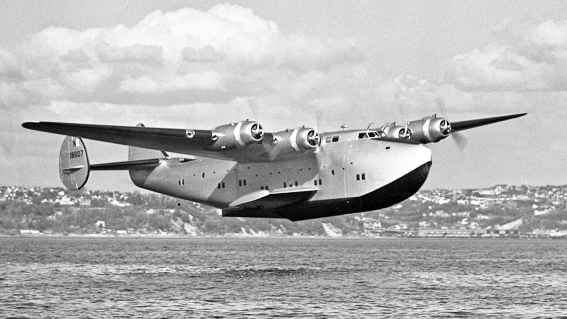 The Long Way Round - The Plane that Accidentally Circumnavigated the World