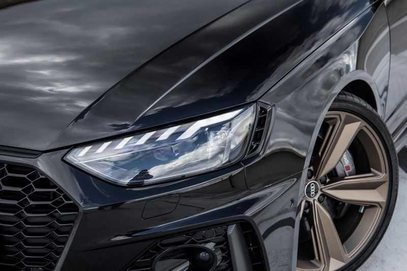 Audi A4 Avant 2.9 TFSI RS4 quattro   450PK   Style pakket Brons   Keramische remschijven   RS Dynamic   B&O   Sportdifferentieel   280 km/h Topsnelheid   afbeelding 13