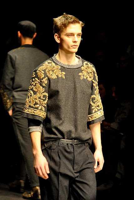 Man Whispers Milan Mens Fashion Week Dolce Gabbana Autumn Winter 2012 0400