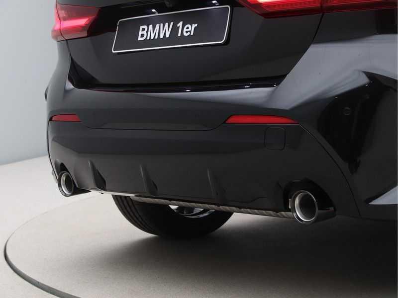 BMW 1 Serie 120i Exe Aut M-Sport 179 pk afbeelding 10