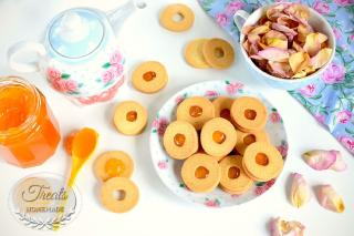 Sablés Biscuits with Jam