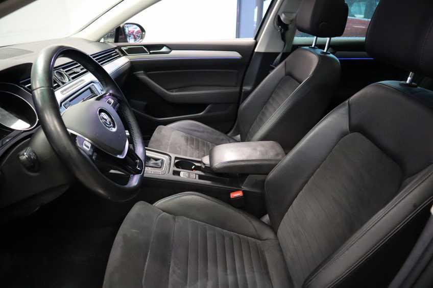 Volkswagen Passat Variant 1.4 TSI GTE Highline Panoramadak 360 Camera Navi Full LED  MARGE afbeelding 14
